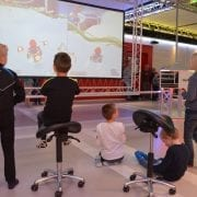 Heerlijk gamen en bewegen in het gamecentrum FUN-IE-FIT in het Meester Siebelinkhuis. Voor kinderen uit het voortgezet speciaal onderwijs, jong volwassenen en volwassen deelnemers van De Klup Twente. Vanaf 18.00 uur voor de jongste gamers en vanaf 19.00 uur voor de volwassenen.