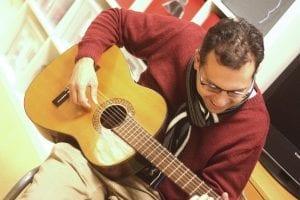 Voor muzikale talenten is de Muziekband een must. Deelnemers leren instrumenten bespelen, kiezen zelf het repertoire in overleg met de begeleiding en verzorgen nu en dan optredens. De band oefent in het Meester Siebelinkhuis te Almelo van 19.00 – 21.00 uur.