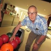 Bowlen voor deelnemers van De Klup Twente op de mooie banen van bowlingcentrum 't Witte Hoes in Wierden. De bowlers oefenen wekelijks, maar komen ook uit tijdens speciale wedstrijden zoals de Special Olympics. Ze bowlen in 't Witte Hoes van 19.00 – 20.30 uur. Bowlen Rijssen